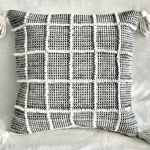 New 18x18 Jersey Weave boho throw pillow